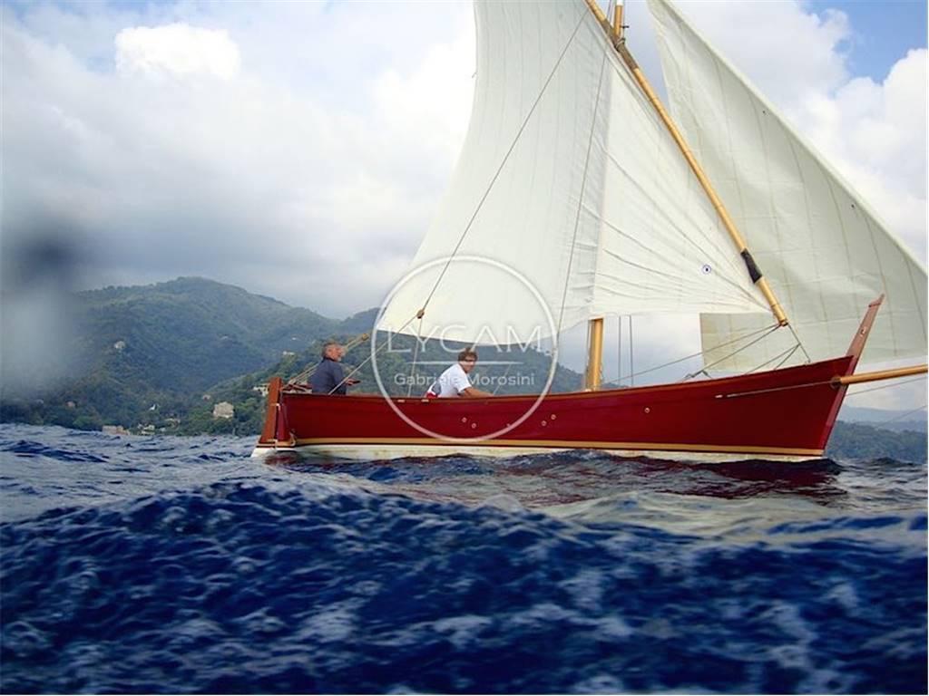 Gozzo ligure vela latina usato vendita gozzo ligure vela for Cantiere di costruzione