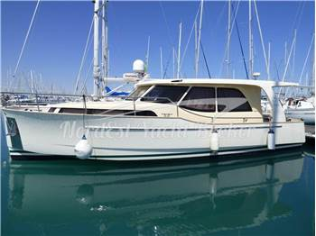 Sea Way Group - Greenline 33 Hybrid