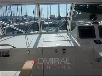 Albemarle 330 XF Features
