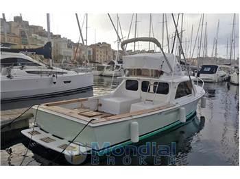 Bertram Yacht - 31