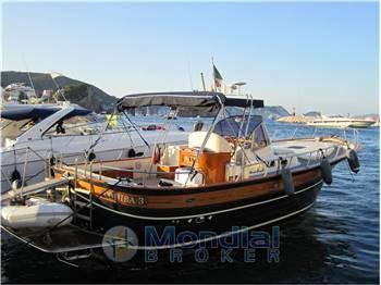 Fratelli aprea yachts vendita barche e yacht fratelli - Fratelli diversi srl ...