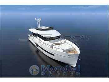 Sundeck yachts - 700