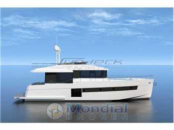 Sundeck yachts - 550
