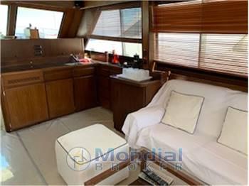 AMF Hatteras Fisherman 52