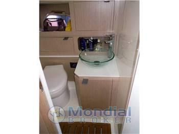 NEED YACHT 33 cabin