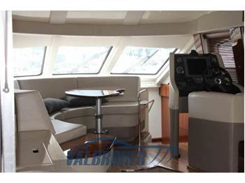 Sea Ray Boats 505 SEDAN BRIDGE