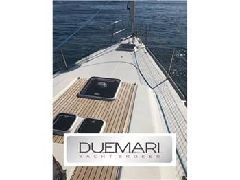 Dufour Yacht - Dufour 45 E