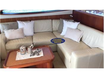 Bertram Yachts 630 Conv