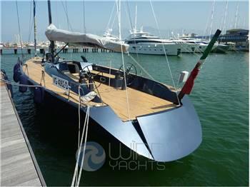 Maxi Dolphin Brenta 65'