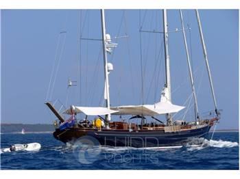 Heli Yachts Ketch 35 mt.