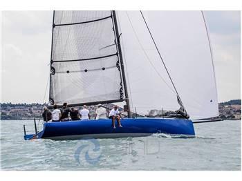 ICE Yachts ICE 33