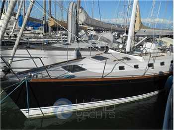 Tartan Yachts - Tartan 4300