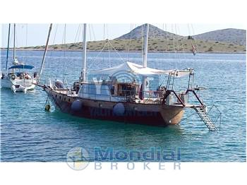 Heli Yachts - type Suncoast 54