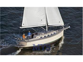 Island Packet Yacht - Estero