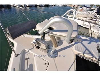 Riviera Marine 33 Flybridge
