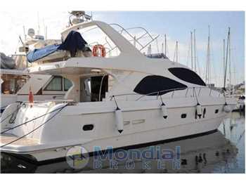 Majesty yachts - 61
