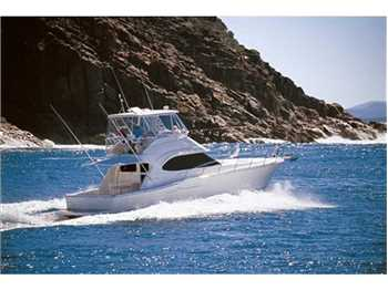 Riviera Marine - 42 Flybridge