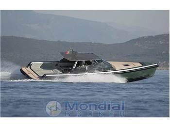 Wally Yachts - 47' Wally Power