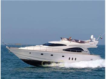 CAYMAN YACHTS - CYBER 62