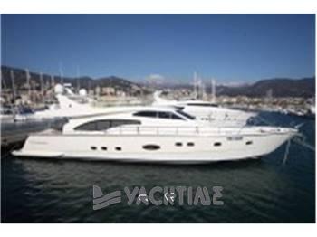 Ferretti Yachts - 680