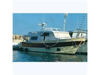 Cantiere nautico azzurro - 70
