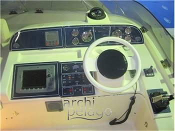 Cantieri Navali del Tirreno Cayman 42' Fly