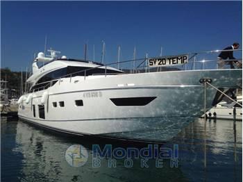 Princess Yachts P 82
