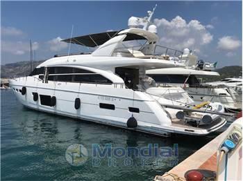 Princess Yachts - P 82