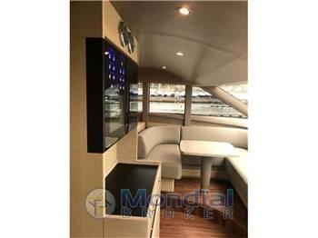 PRINCESS YACHTS P 88 motor yacht