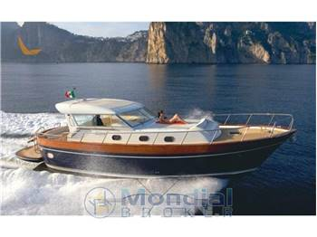 Apreamare 45 yachts vendita barche e yacht apreamare 45 for Cantieri apreamare
