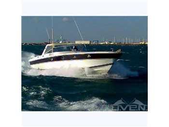 Magnum marine 53 53'