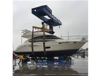 Meridian Yachts 391 Sedan Bridge