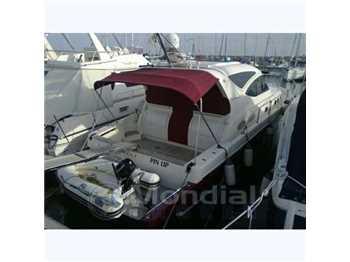 Cayman yacht - 43 w.a. hard top