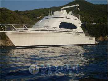 Bertram Yacht - 390 Convertible