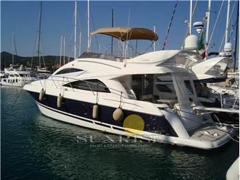 Astilleros - Riviera 48