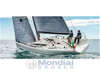 Italia yachts - 9,98