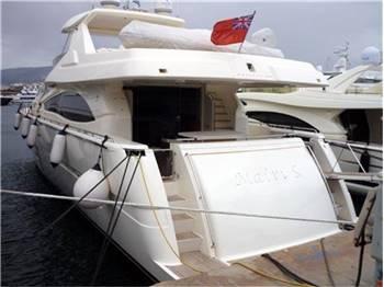 Ferretti Yachts - 830 hard top