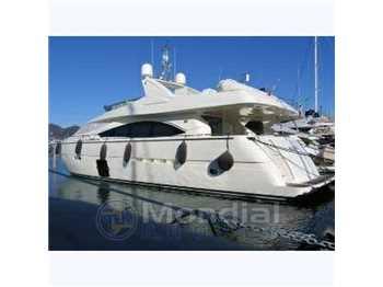Ferretti yachts - 830
