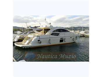 Queens yacht - 70 ht