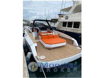 Evo Yacht R4 WA