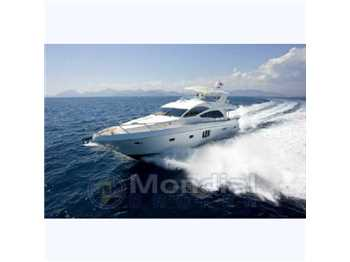 Majesty yachts - 63