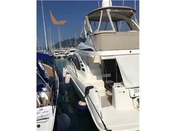 Sea Ray Boats - 455 DA