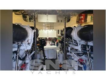 Hatteras 60 convertible