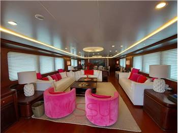 BENETTI 39 Displacement