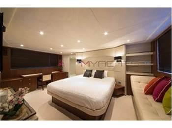 Princess Yachts V 78