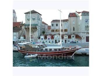Turkish shipyard - M ̸ s sedna