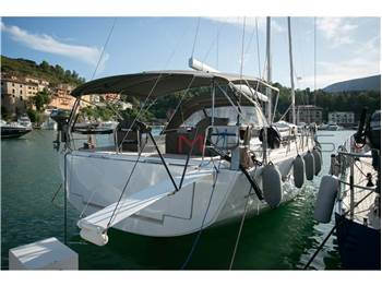 Dufour Yachts - 520 grand large
