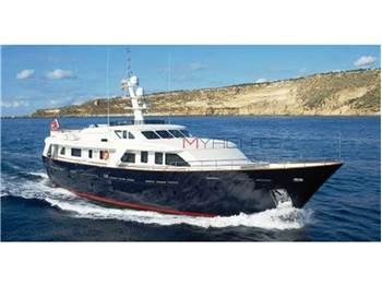 Benetti Sail Division - SD 95