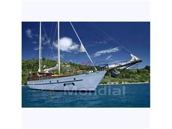 Turkish shipyard - M ̸ s aborda