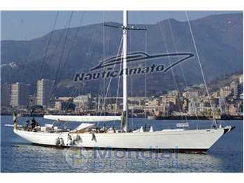 Reinassance Yachts Marine - 90